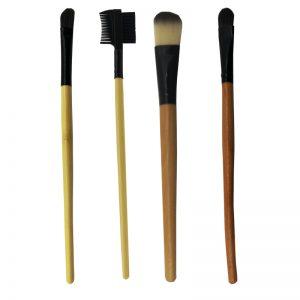 Pennelli trucco con manico di legno Mu Make Up