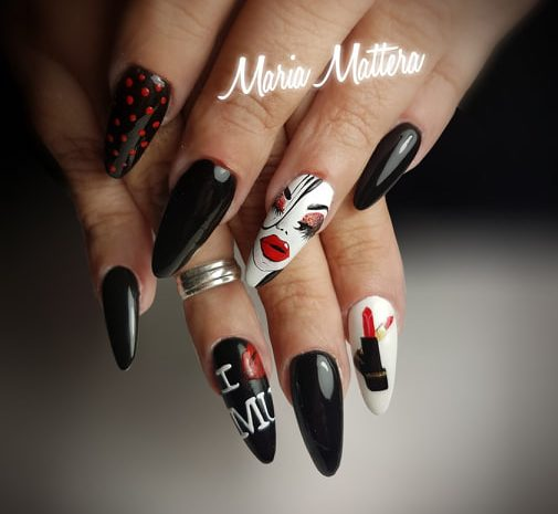 Nail art Blak & Red
