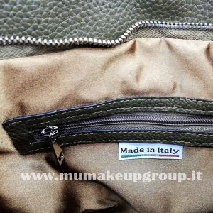 borsa da spalla in ecopelle con fibia e fascia larga mu make up