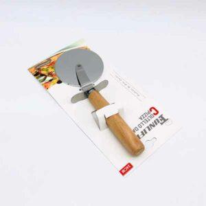 taglia pizza professionale con manico di legno